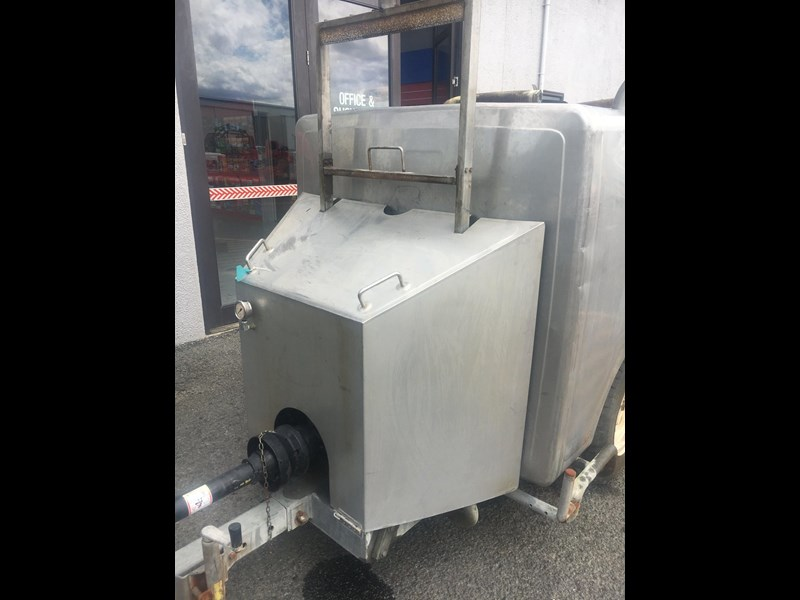 custom tank trailer stainless steel water tank 566128 003