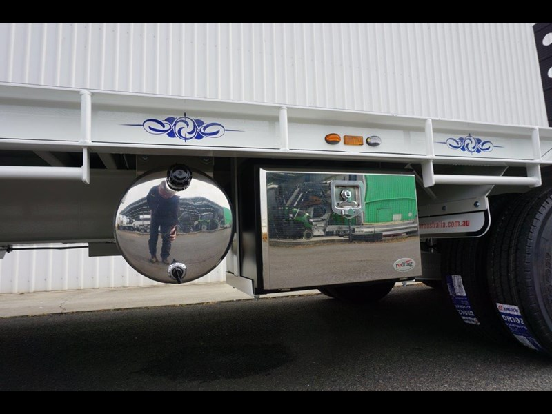 fwr tandem axle tag trailer in stock 567776 039