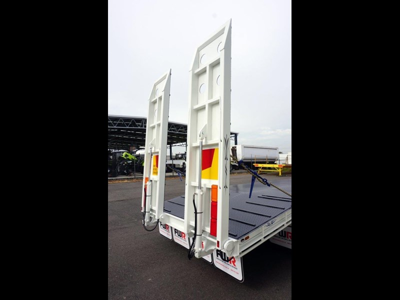 fwr tandem axle tag trailer in stock 567776 055