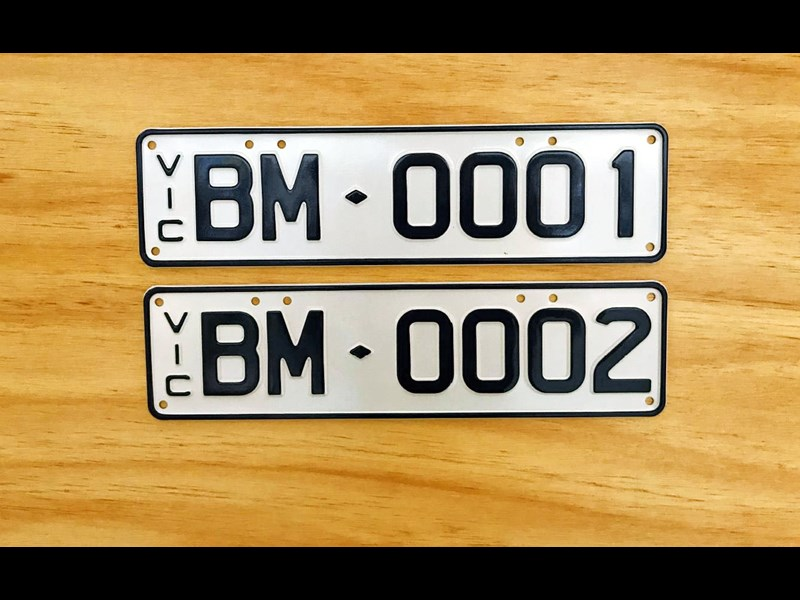 number plates victorian customised plates 568162 001