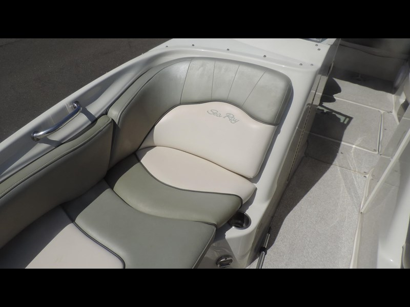 sea ray 240 sundeck 571443 065