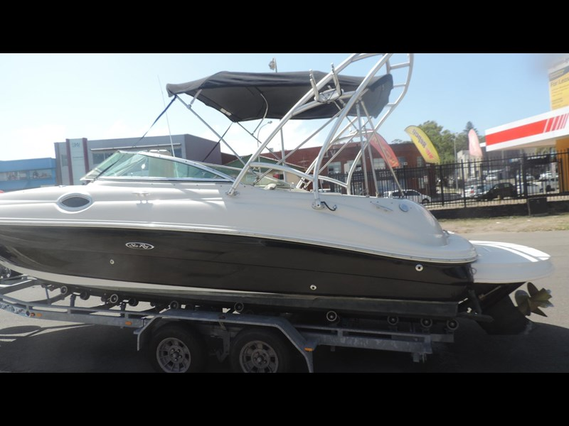 sea ray 240 sundeck 571443 081