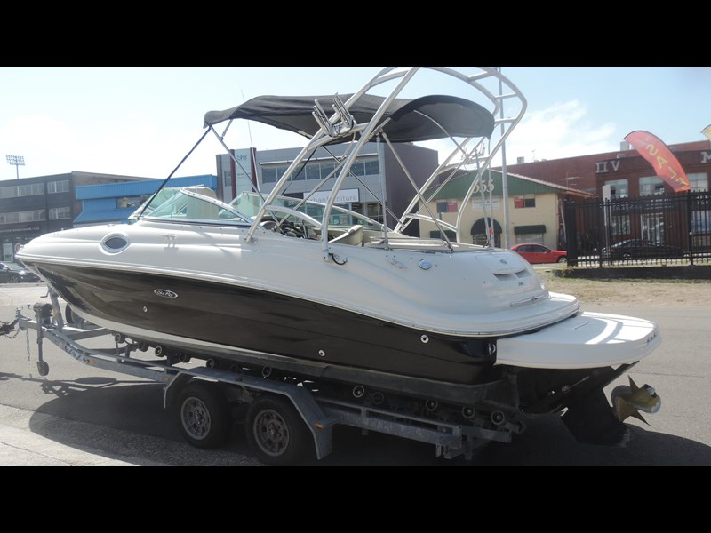 sea ray 240 sundeck 571443 083