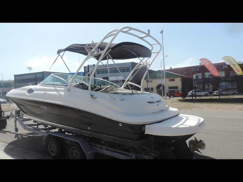 sea ray 240 sundeck 571443 005