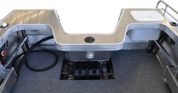 stacer 489 outlaw centre console 572385 011