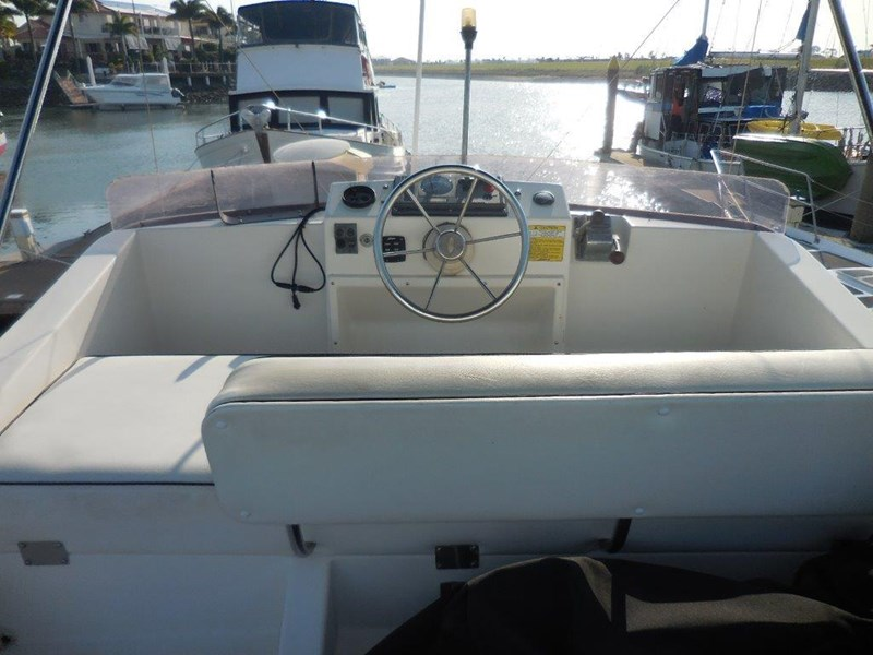 mariner 28 flybridge 573109 015