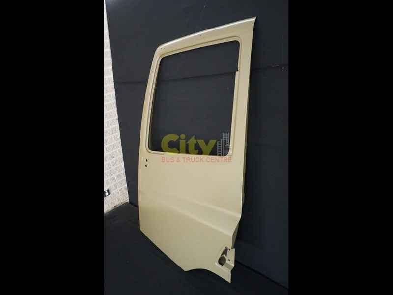 daf new doors to suit cf75 / cf85 573857 005