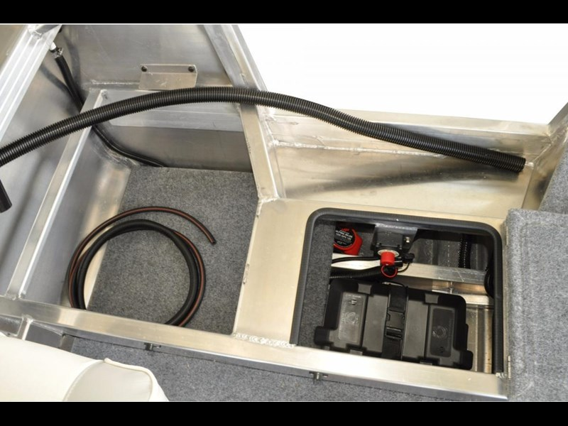 stacer 449 outlaw centre console 396786 011