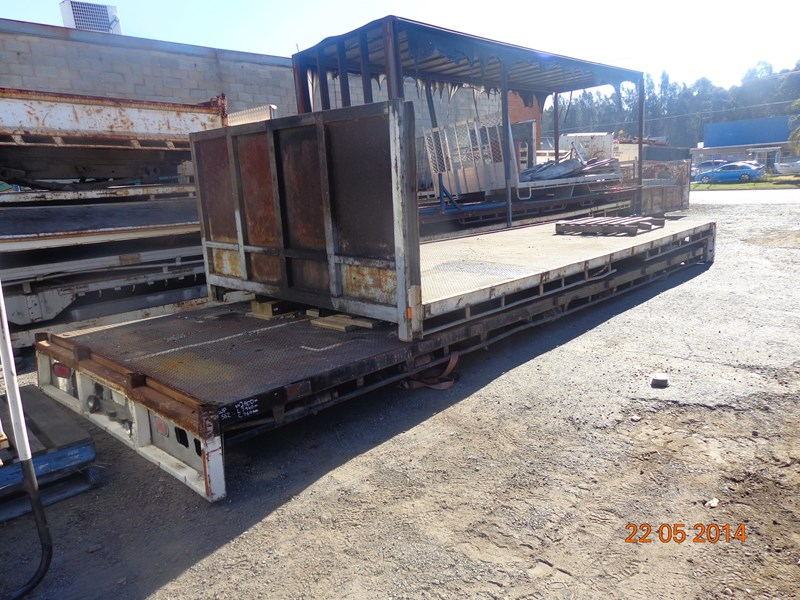 truck trays various sizes 18383 005