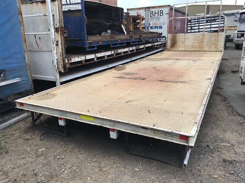 truck trays various sizes 18383 019