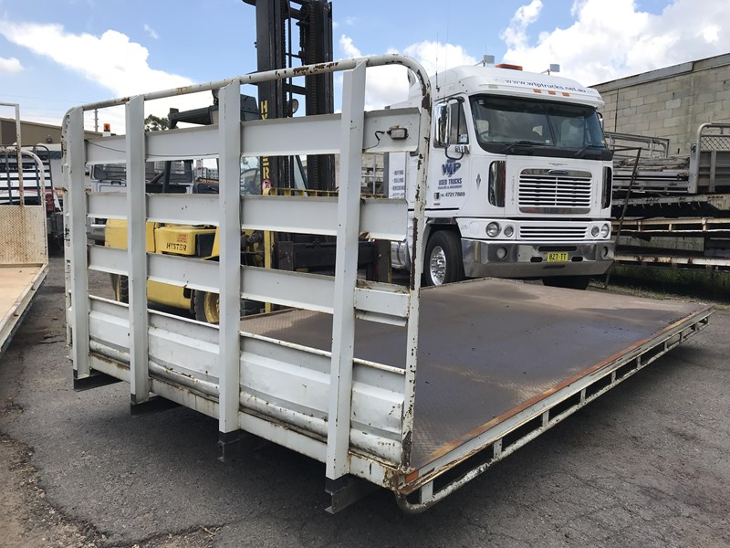 truck trays various sizes 18383 021
