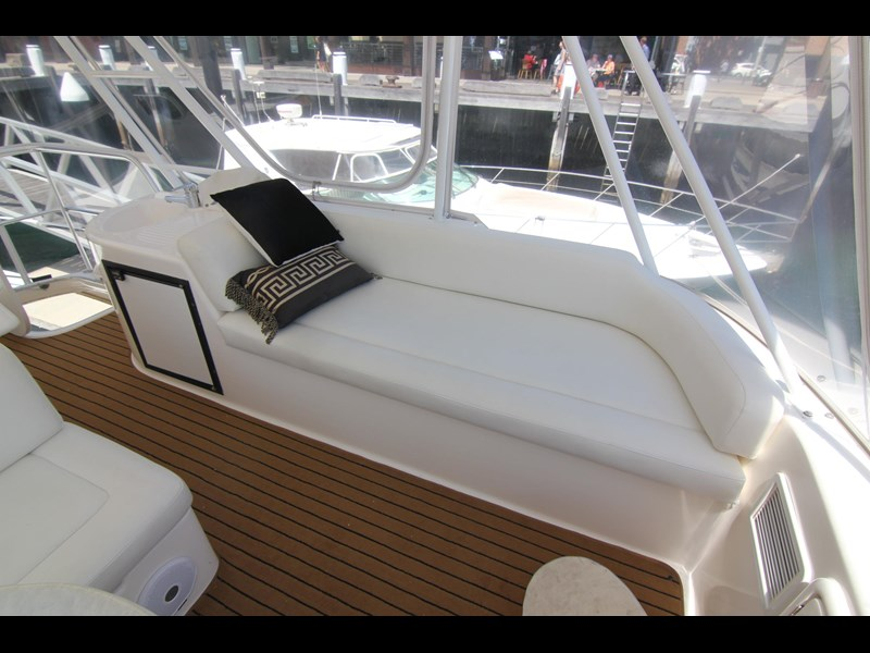 riviera 47 open flybridge 575450 029