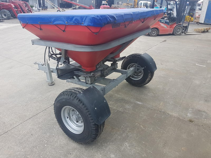 walco t1300 twin spinner fertiliser spreader 575494 005