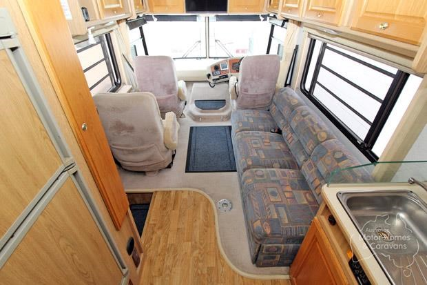 winnebago (avida) explorer 578013 009