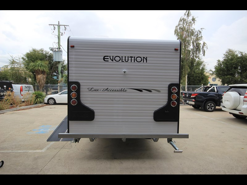 evolution lux-accessible 579844 009
