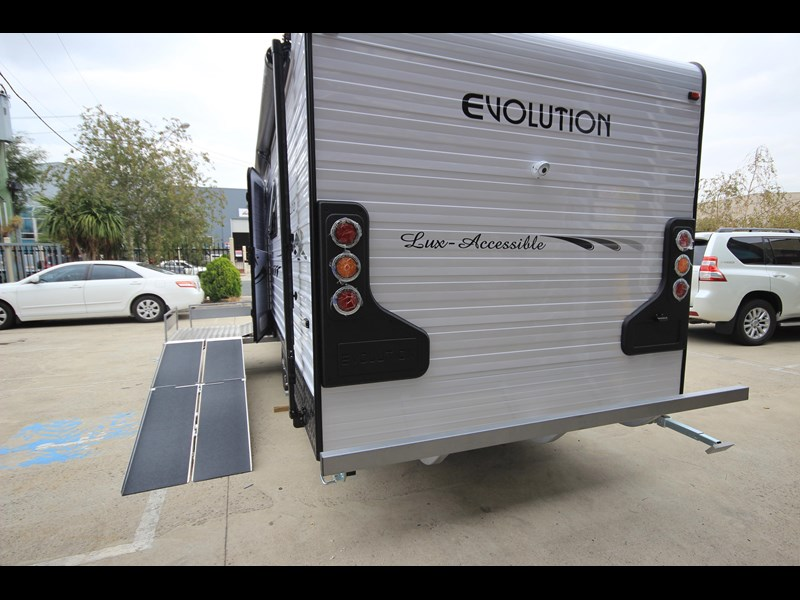evolution lux-accessible 579844 007