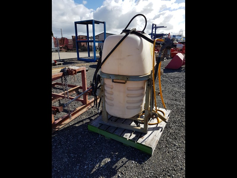 croplands 600lt sprayer 583131 003