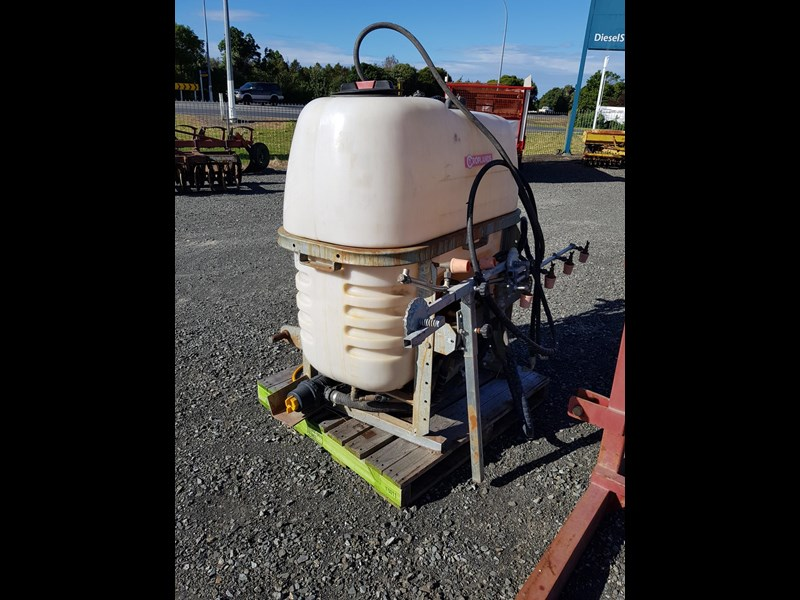 croplands 600lt sprayer 583131 001