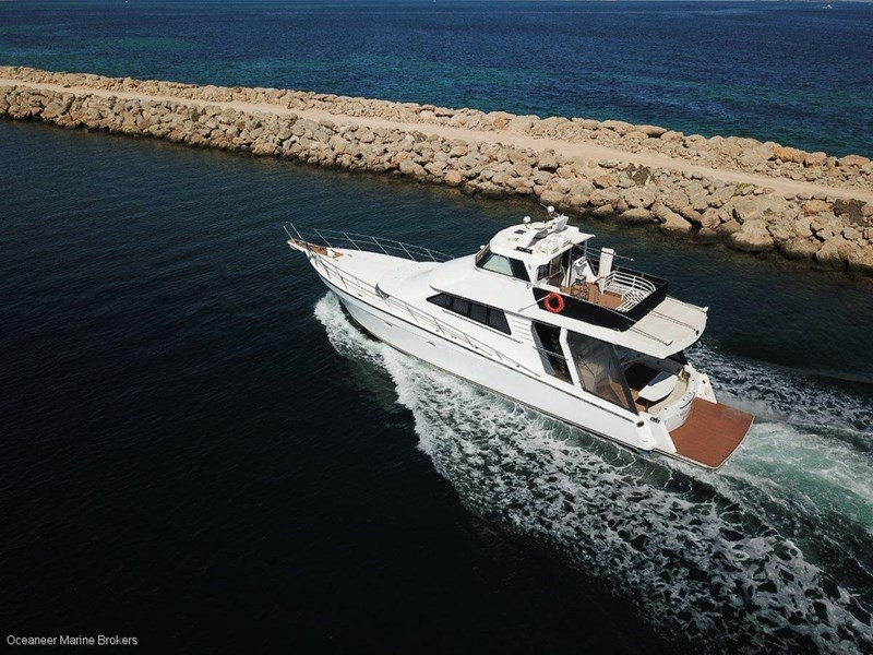 sea chrome marine charter vessel present all offers! 547344 053