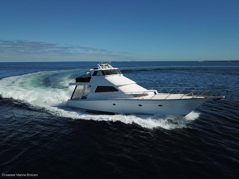 sea chrome marine charter vessel present all offers! 547344 001