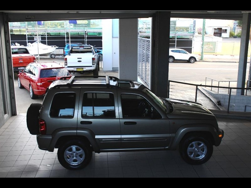 2004 Jeep Cherokee Kj Limited Edition For Sale