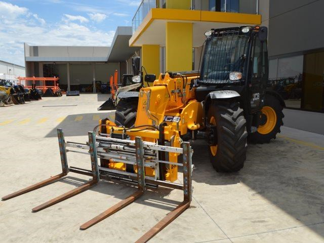 unknown cascade double pallet hydraulic forks to suit jcb telehandler 585431 015