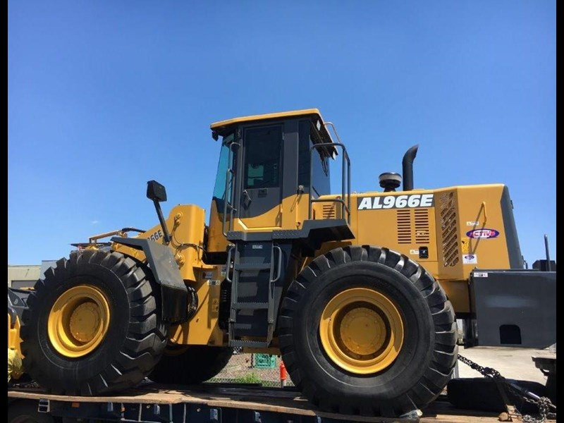 active machinery al966e 23t 'cat engine, 4sp transmission, attachments, 3 yr warranty 588713 033