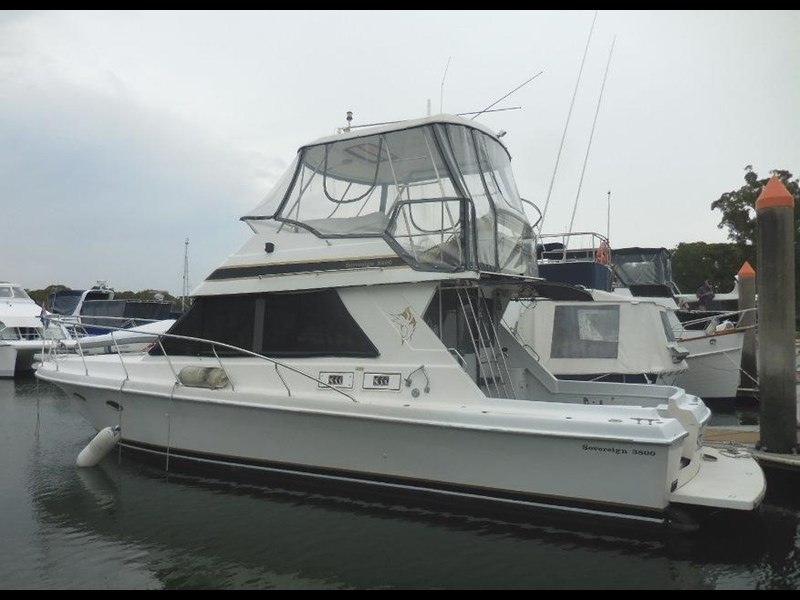 sovereign 3800 flybridge 592010 001
