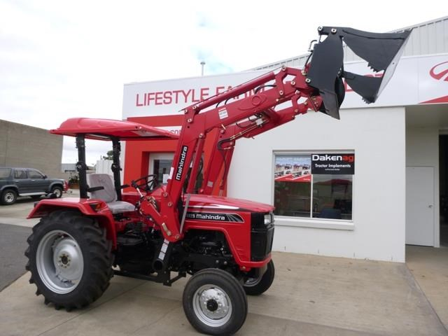 mahindra 4025 2wd + loader  & gp bucket 591974 005