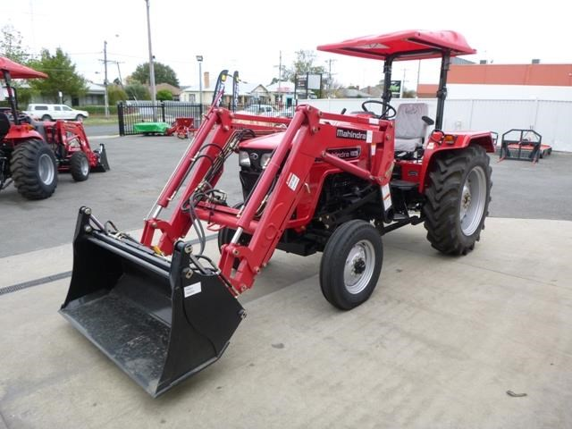 mahindra 4025 2wd + loader  & gp bucket 591974 007