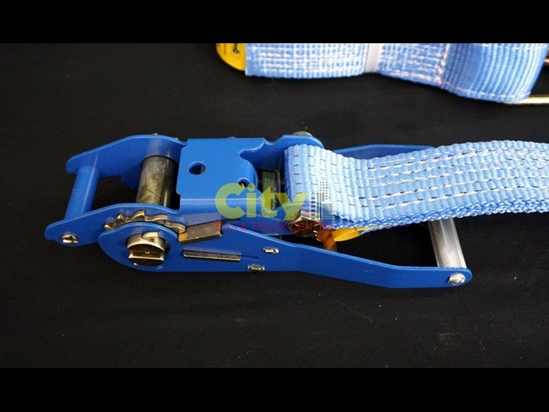 loadmax 'ergo' reverse action ratchet tie downs 592654 023