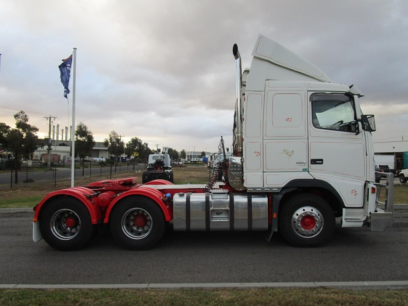 volvo fh580 593093 019