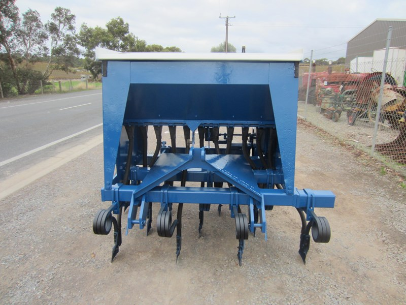 agrowdrill 11 row baker boot coil tyne super seeder 587117 009