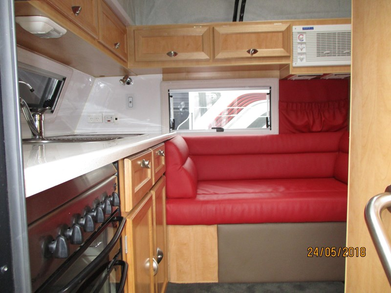 creative caravans family pop top,...sold.... shower and toilet, bunks 598101 043