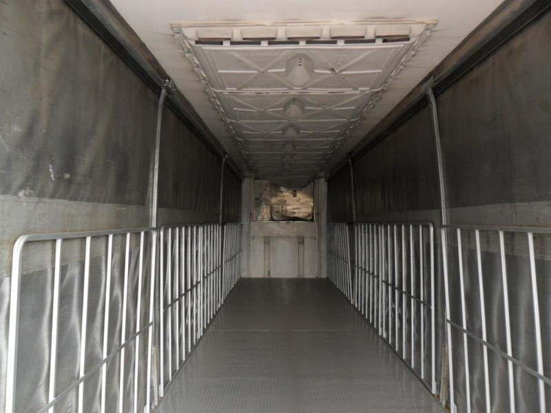 maxitrans 22 pallet refrigerated curtainsider 601019 005