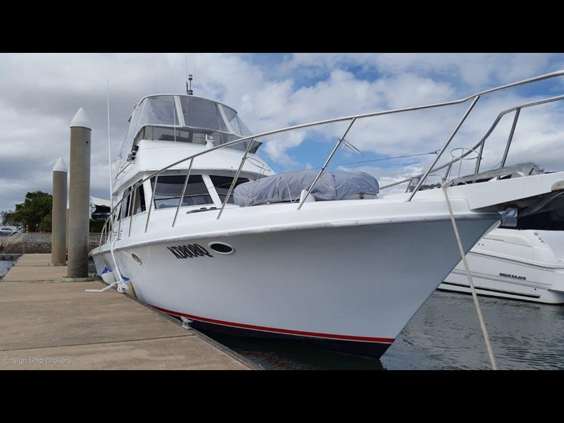 sovereign 4000 flybridge cruiser 602084 005