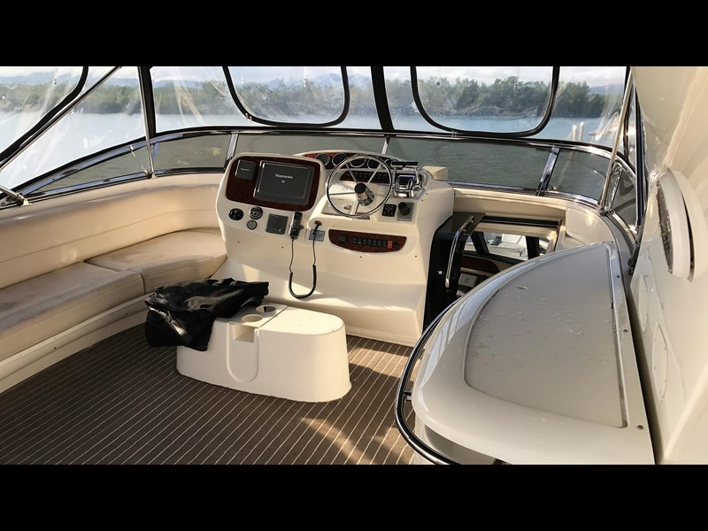 meridian 580 pilothouse 512386 051