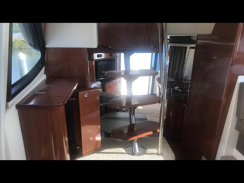meridian 580 pilothouse 512386 077