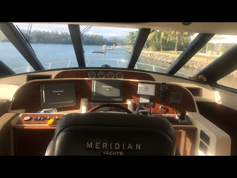meridian 580 pilothouse 512386 071