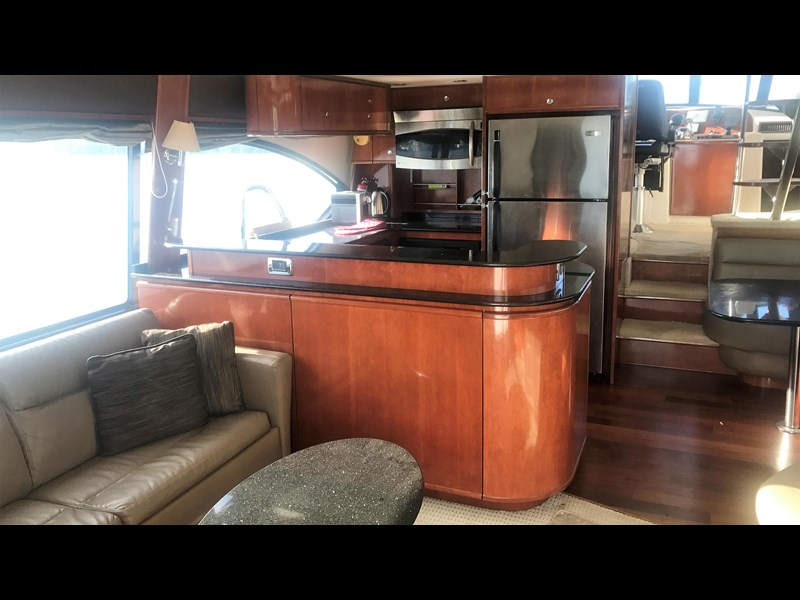 meridian 580 pilothouse 512386 011