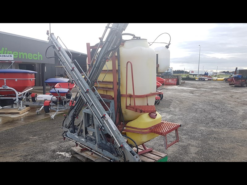 hardi 1000l 3ptl sprayer 606721 001