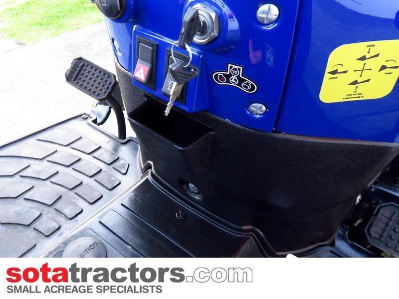 farmtrac 28hp tractor 607683 041