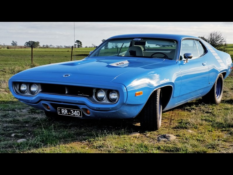 plymouth road runner 608279 001