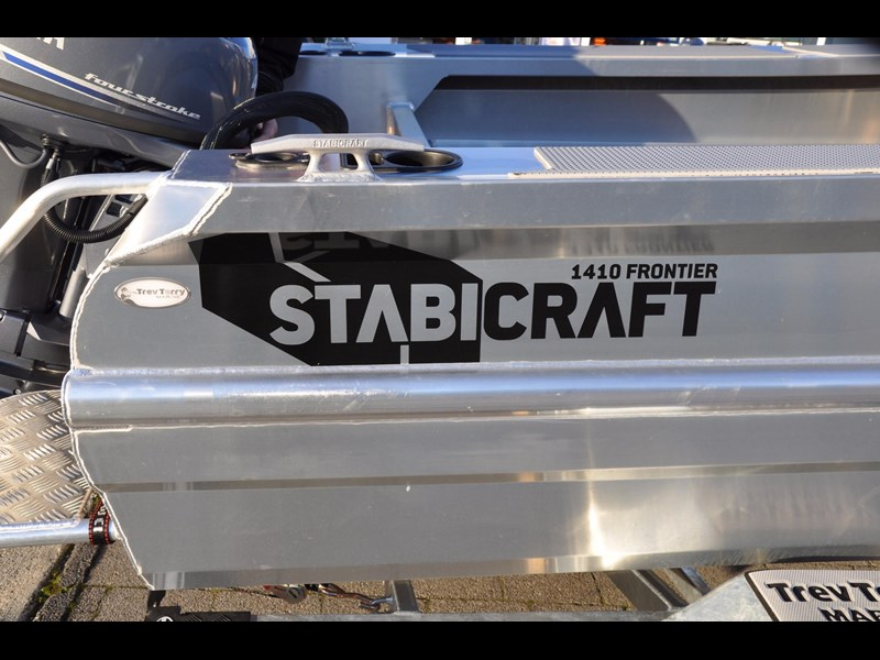 stabicraft 1410 frontier 1410 frontier centre console 501171 017
