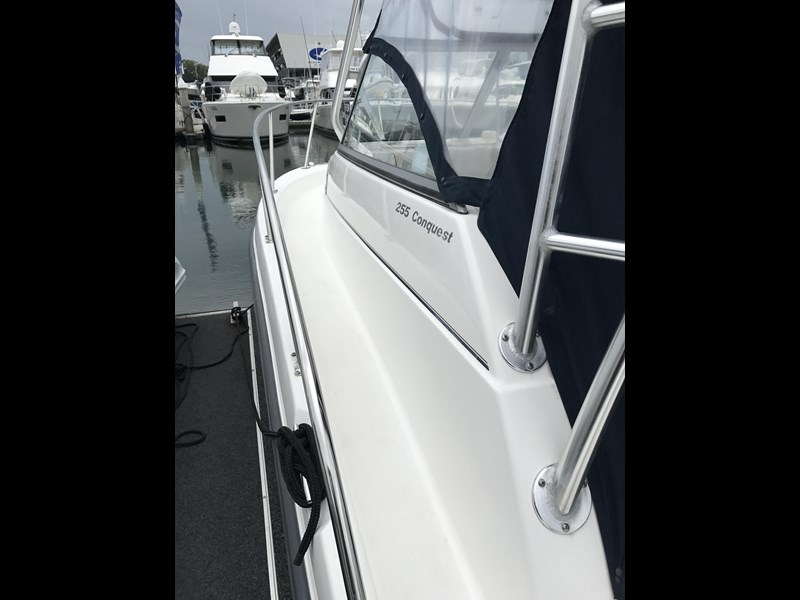 boston whaler 255 conquest 610753 007