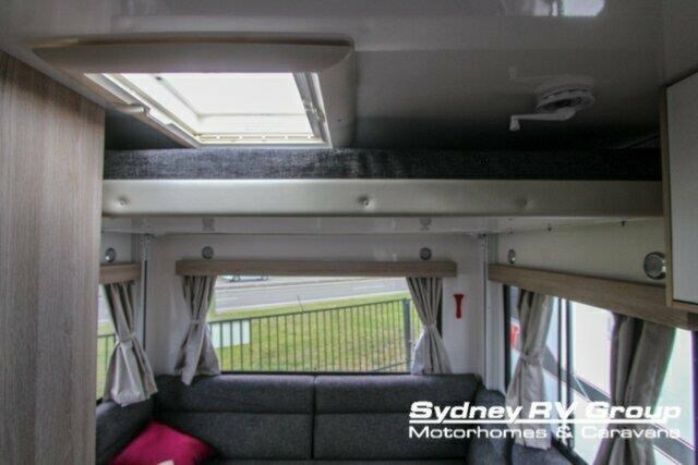 winnebago (apollo) balmoral 610919 033