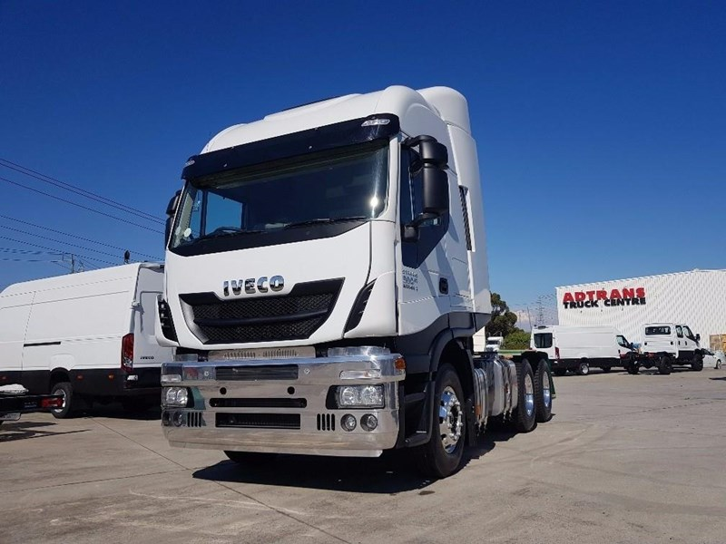 iveco stralis as-l 612888 011
