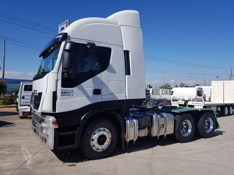 iveco stralis as-l 612888 005