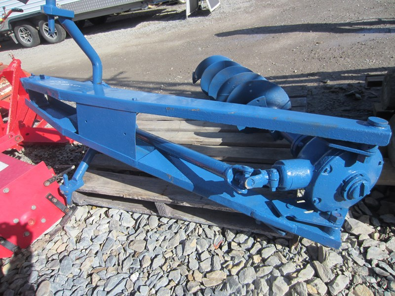 ford post hole digger 619052 007
