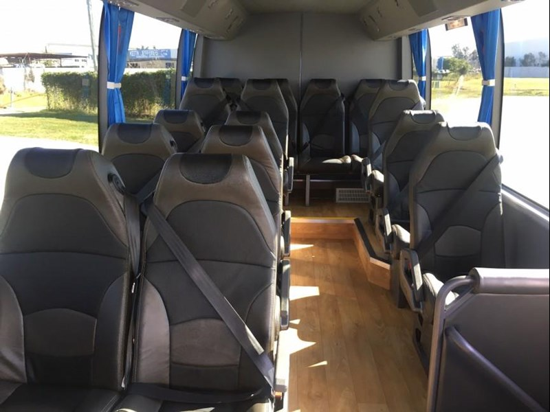yutong 2018 22 seat mini coach 494759 025